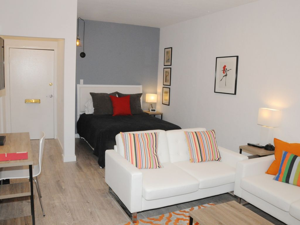 the best studio apartment in hollywood 104 los angeles los angeles county california. Black Bedroom Furniture Sets. Home Design Ideas