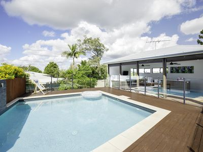 Photo for Relaxing Holiday Retreat with Pool and Views