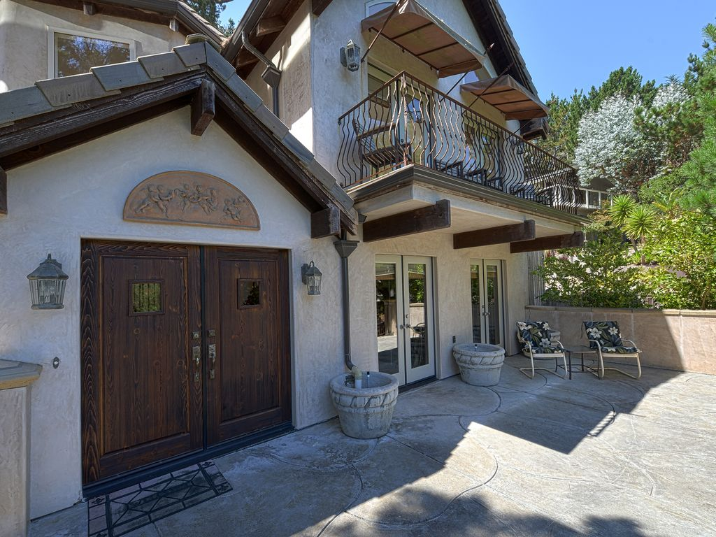 3721 Skyline Forest Delight - Private, Gated, Luxury in Skyline Forest