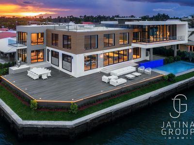 Photo for Brand New Villa on the Water with Pool! Amazing Miami Views!! Fits 12