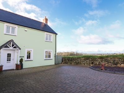Photo for MAES Y GWAELOD, pet friendly, with hot tub in Solva, Ref 969996