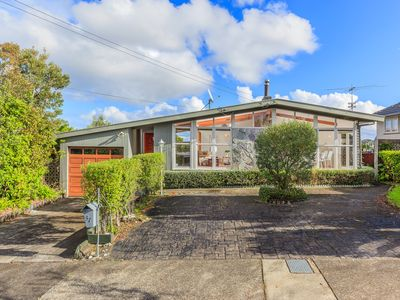 Photo for Entire Bungalow with stunning view in Auckland Central