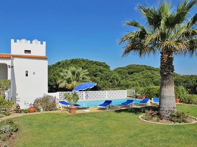Photo for This 3-bedroom villa for up to 6 guests is located in Vale Do Lobo and has a private swimming pool,