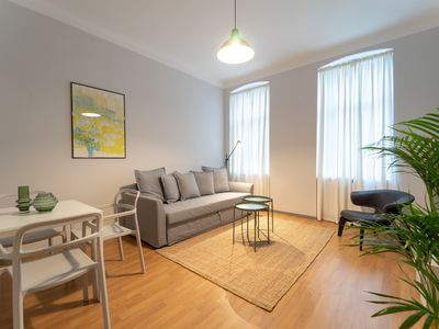 Photo for Modern and Charming Apartment - CLOSE TO CENTER