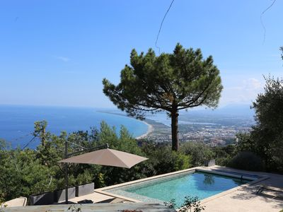 Photo for Charming house with swimming pool, park of 5000 m², exceptional sea view