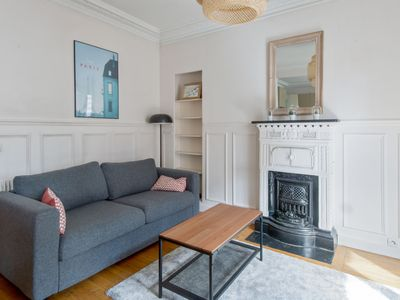 Photo for Bright and charming flat at the doors of Paris, in Montrouge - Welkeys
