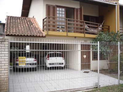 Photo for House 3 bedrooms (1 en suite), 3 BWC, covered gar 2 cars, all sky channels, wi fi
