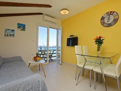 Photo for Charming apartment Sunflower with a great seaview