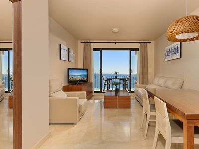 Photo for Stunning 2 bedrooms apartment front sea view