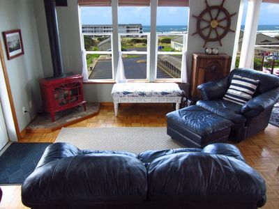 Photo for Heart of Nye Beach! Ocean View, 800 SF Master, Secret Game Room, Spa and More