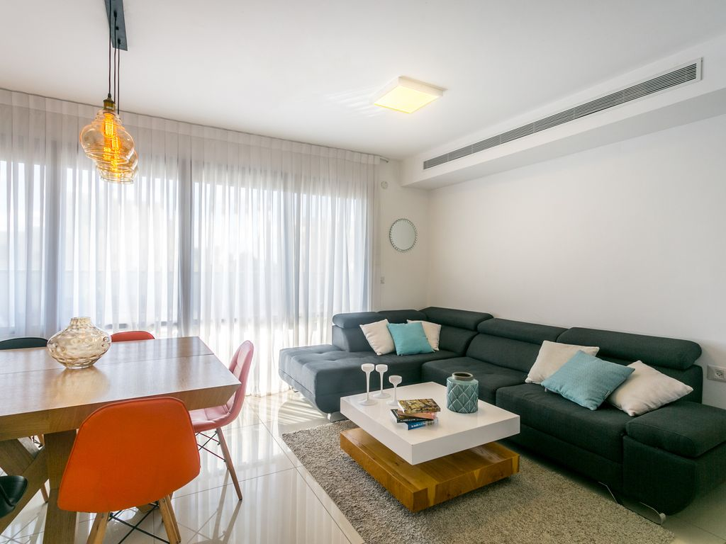 Luxury four bedroom apartment ra 39 anana best places to for 4 bedroom luxury apartments