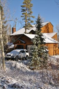 Photo for The Bear's Den - close to 5 ski resorts - sleeps 8