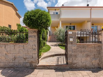 Photo for Modern Holiday Apartment La Sterlizia with Shared Garden, Wi-Fi & Air Conditioning; Parking Available