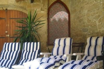 Relaxation area in the indoor courtyard