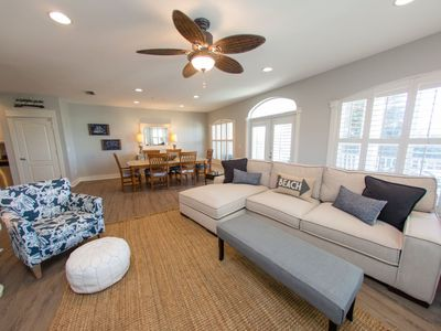 Photo for Spacious Remodeled Condo in the Heart of Seagrove - Community Pool - 4 Bikes Included - `Grey`s Esca
