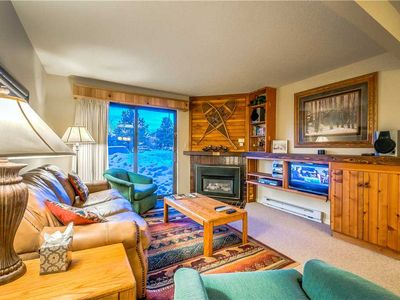 Discounted lift tickets! Beautiful Spacious Steamboat Condo with Great Amenities