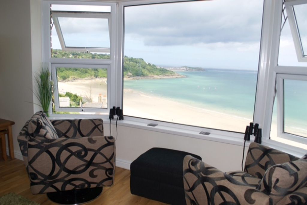 st ives luxury beach apartment with sea vie vrbo. Black Bedroom Furniture Sets. Home Design Ideas