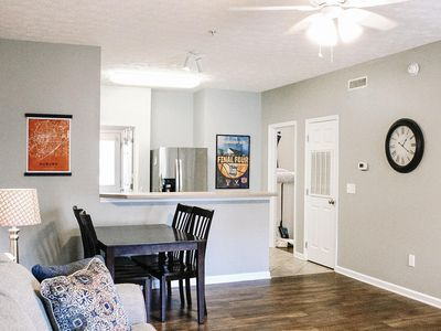 Photo for 2 Bedroom 2 Bath Condo 0.5 Miles From Jordan-Hare 0.6 Miles From Toomer's Corner