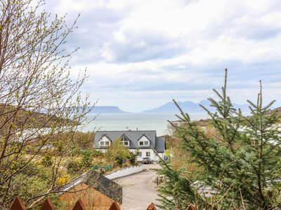 Photo for 1 SANDHOLM, family friendly, with open fire in Mallaig, Ref 981574