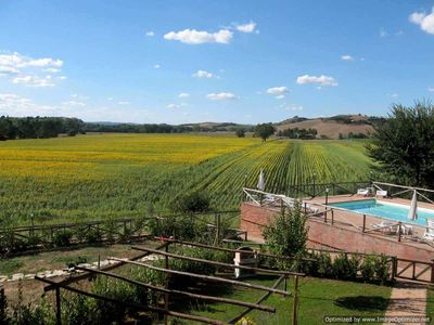 Photo for 2BR Apartment Vacation Rental in Monteroni Arbia, Siena