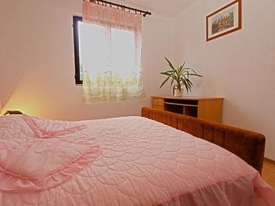 Photo for Apartment for 4 persons + extra bed and 2 bedrooms (ID 2105)
