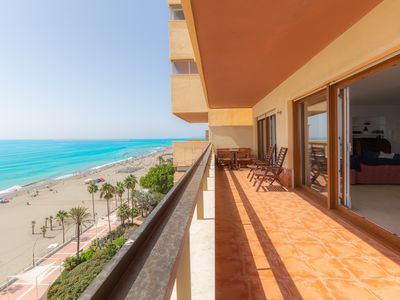 Photo for Spacious and bright frontline beach apartment on 8th floor with sea views, amenities near