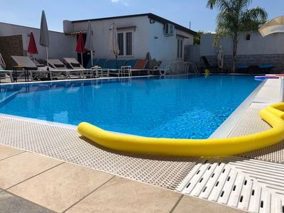 Photo for 2-bedrooms apartment near Pompeii. Wifi, parking and swimming pool!