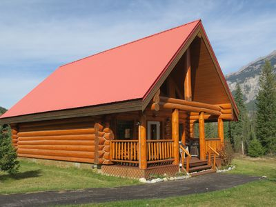 Photo for Beautiful Chalet in BC Rockies