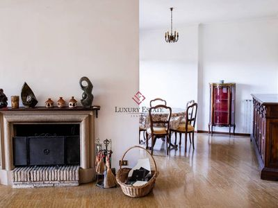 Photo for Aristocratic spacious holiday apartment in Rome