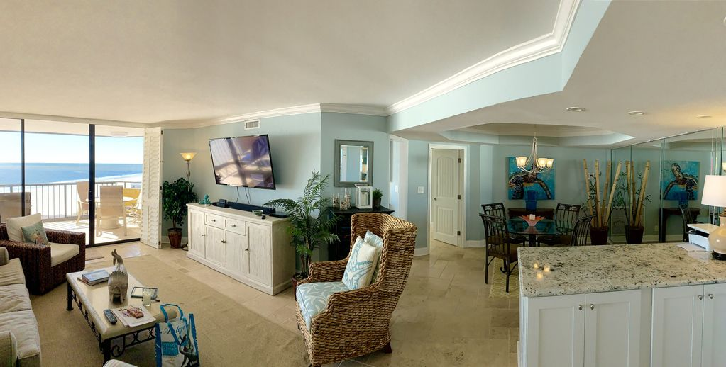 L K Remodeled Executive Suite Two Master Bedrooms Cooks Kitchen 2 Balconies