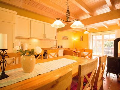 Photo for 4-room country house (3) with sauna and fireplace (86m²) - Ferienhof country houses Mechelsdorf near Ostseebad