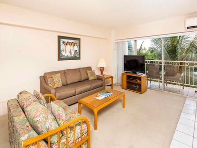 Photo for Laid-Back Charm in Beach Suite w/Full Kitchen, Free WiFi–Waikiki Shore  #416