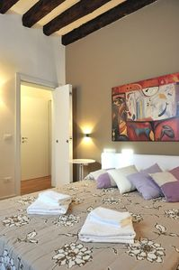 Photo for Modern apartment suitable for families or couples, convenient to transportation