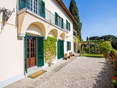 CHARMING VILLA in Florence Suburbs with Pool & Wifi. **Up to $-901 USD off - limited time** We respond 24/7