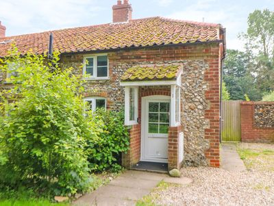 Photo for 2BR Cottage Vacation Rental in King's Lynn