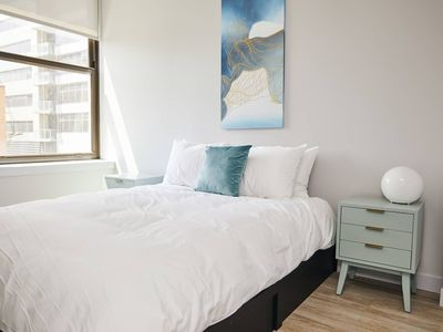 Photo for Rohe Rest - Luxe One Bed in the Loop by Short Stay