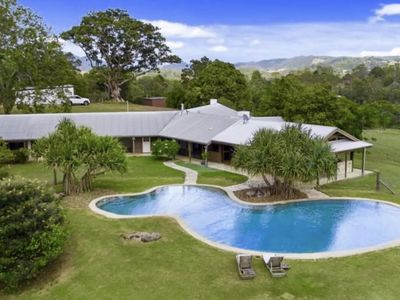 Photo for Noosa Hinterland Luxury Farm Retreat