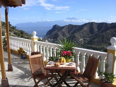 Photo for Casa Rural El Serrillal 2 - magical + cozy, views of the sea and the valley