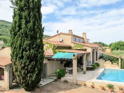 Photo for Vacation home in Gonfaron, Côte d'Azur hinterland - 6 persons, 3 bedrooms
