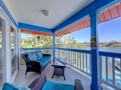Photo for A Boaters Dream 2 bed 2 bath sleeps 6 Boat House With View