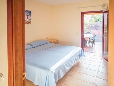 Photo for Tamaragua's House, WIFI and SAT TV, private garden and private car parking.