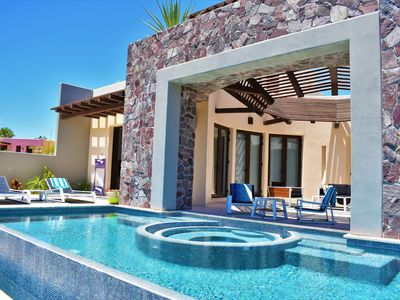 Photo for Loreto Bay Luxury Golf Course Casa-pool, hot tub, golf cart, daily clean, views