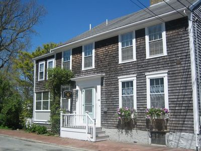Historic Nantucket Home - 2 Min Walk to Downtown and Main St.