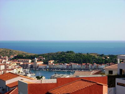 Photo for 70 m² apartment in quiet residential area, sea and mountain views.