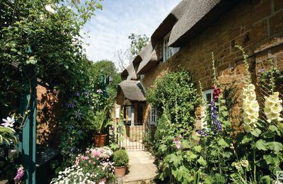 Photo for The Glen is a charming Grade II listed Cotswold stone cottage with an attractive enclosed garden.