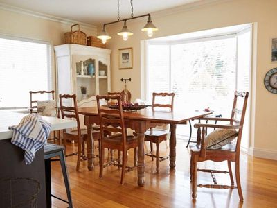 Photo for Parc Vue is a spacious and bright cottage adjacent to a lovely bush reserve.