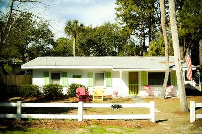 Mimosa Cottage c1964! Dog-Friendly! Fenced Backyard! GREAT Screened Porch!  - Tybee Island
