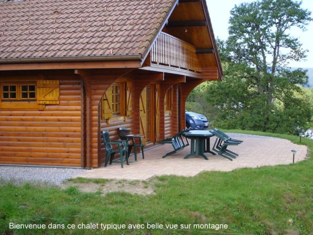 Chalet 3 pis 3 toiles 3km gerardmer bois homelidays for Agence immobiliere xonrupt longemer