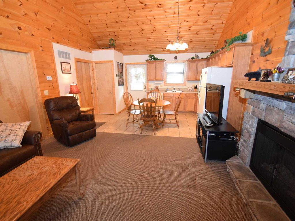 Branson Woods 2 Bedroom Luxury Cabin HomeAway Branson