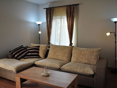 Photo for Deluxe apartment with fully equipped kitchen, located in a house.